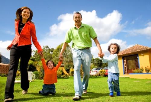 """<span class=""""pro-title"""">Live</span><br><p>Community Management</p><p>Multi-Family Housing</p>"""